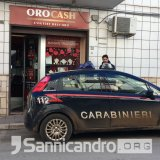 Rapina all'Oro Cash di Via Baracche