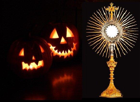 Halloween Chiesa.Halloween Un Adorazione Eucaristica Riparatrice In Chiesa Madre